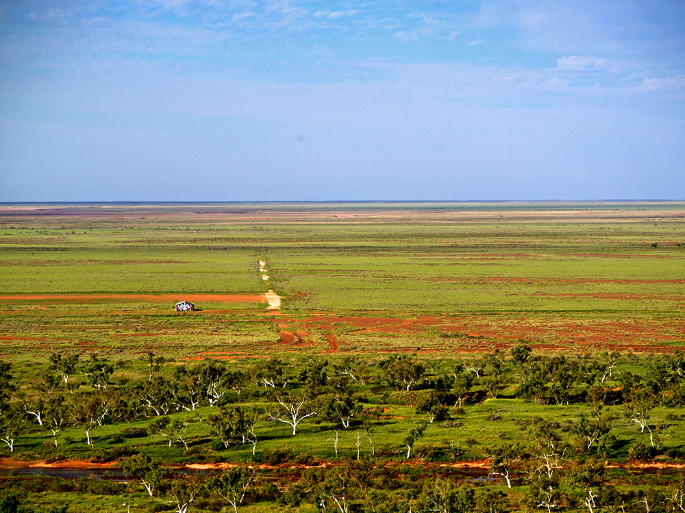 THE PILBARA EXPERIENCE. Large view of the painted shelter. Australia.