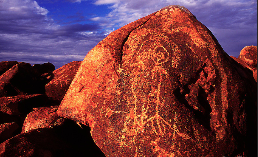 PILBARA petroglyph. Photo by Doug FOST.